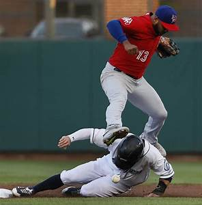 Bisons 7, Clippers 5   Rodriguez hits 2 bombs in defeat ...