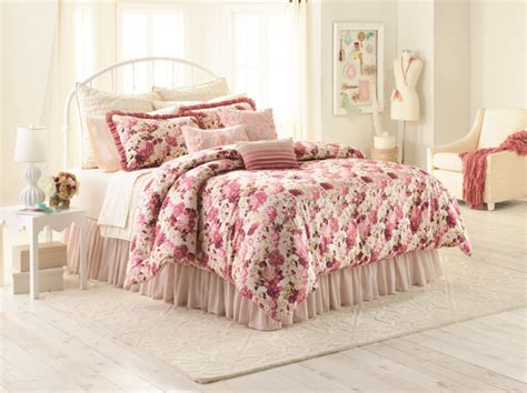 plushemisphere conrad unveils bedding collection for kohl s