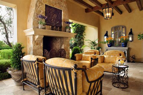 Mediterranean Style : Picture Your Life In Tuscany In A Mediterranean Style Home
