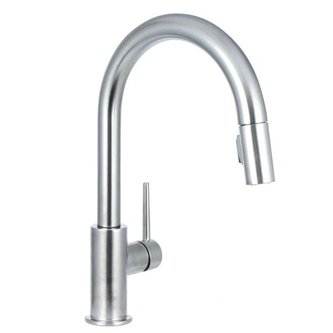 delta trinsic single handle pull sprayer kitchen faucet with magnatite in arctic