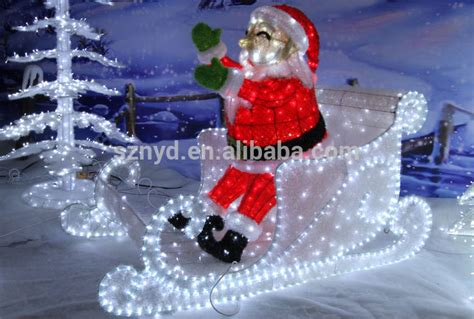 2015 outdoor decorations of sleigh and santa