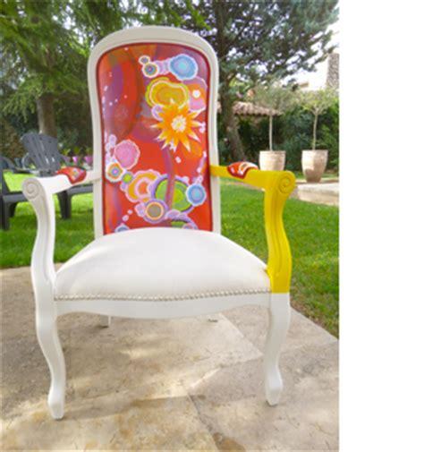 peinture sur tissu et fauteuils moun 233 fauteuils d