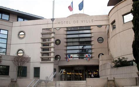 argenteuil apr 232 s l incendie la mairie rouvre ses portes mardi le parisien