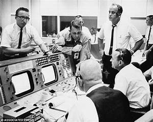 Plans to restore NASA mission control room remain in limbo