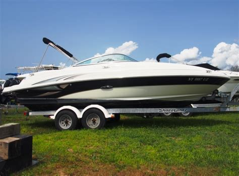 Proline Boats For Sale Long Island by Long Island S Boat Dealer For Edegwater And Sea Ray Boats