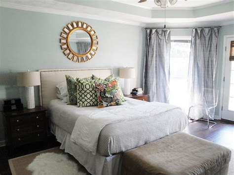 How To Make A Bedroom Restful In 8 Tips