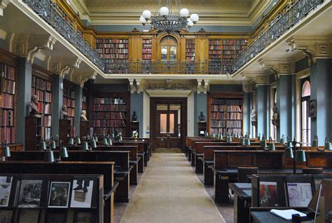 28 Most Spectacular Libraries Around The World