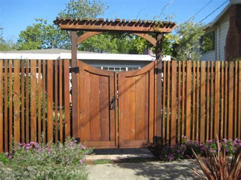 Fence - Gate : Fence Gate Pictures