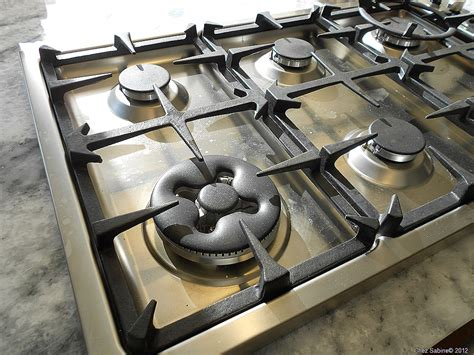 Clean That Stainless Steel Stove Top The Easy Breezy Way Professional Stoves For Home Use Hotpoint Stove Manual 317b6641p001 Using Grill Pan On Electric Meatloaf With Top Stuffing And Gravy Counter Replacement Burner Ge How To Make Popping Corn The Saey Coal Parts