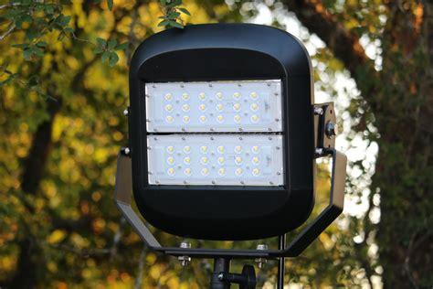 100w mobile led light tower 10 000 lumens