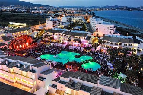 Boat Party Ushuaia by Playa D En Bossa Ibiza Skytours