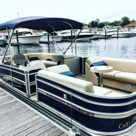 Deck Boats For Sale Myrtle Beach by 2016 Pontoon Boats Picture Of Myrtle Beach Watersports