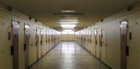 prison de poissy le d 233 tenu en garde 224 vue 8 juillet 2011 l obs