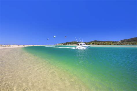 Round Boat Hire Noosa by Noosa Heads Hastings Street