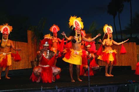 Catamaran Hotel Entertainment by San Diego Community News Group Aloha Reigns At The Catamaran