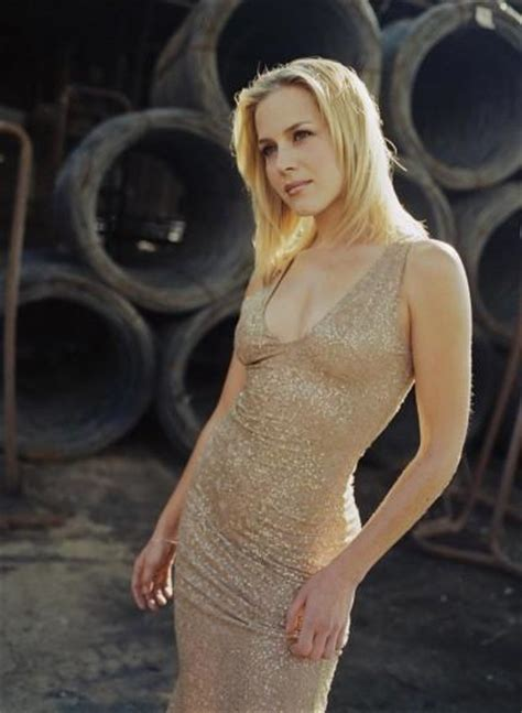 Julie Benz?s Unique Weight Loss Diet Plan and Fitness Exercise Program Secrets
