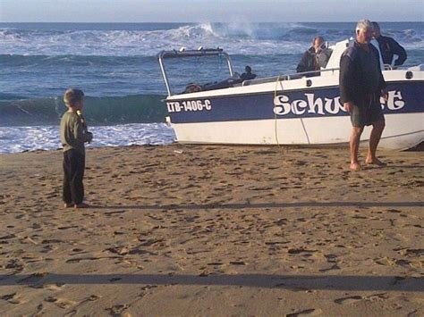 Boat Accident Umkomaas by Another Boat Capsizes At Umkomaas