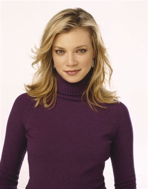Amy Smart Photos (23 Pics