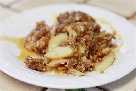 gluten free vegan apple crisp dessert