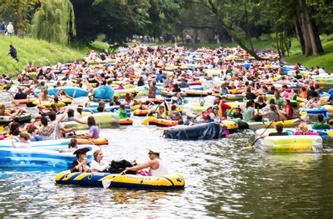 Inflatable Boat Yarra River by Join An Inflatable Regatta Down The Yarra Melbourne