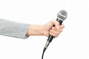 6 Tips on How to Be a Good Voice Actor - Acting in London