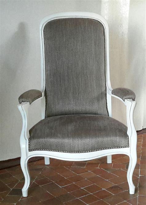 fauteuil voltaire ancien enti 232 rement refait 224 neuf meubles et rangements par voltaire deco