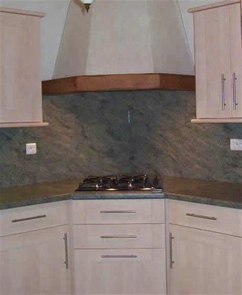 implantation 233 vier en angle plaque cuisson en angle armoire en angle implantation cuisine