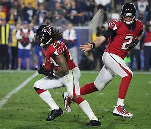 Atlanta Falcons show playoff poise in 26-13 win over LA ...