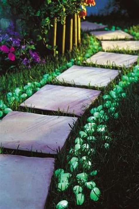 les 25 meilleures id 233 es concernant peinture phosphorescente sur pot lumineux pots