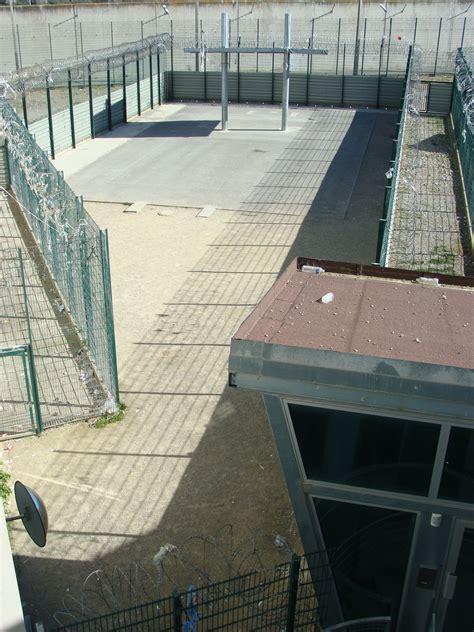 recommandations en urgence sur le quartier des mineurs de la maison d arr 234 t de villeneuve l 232 s