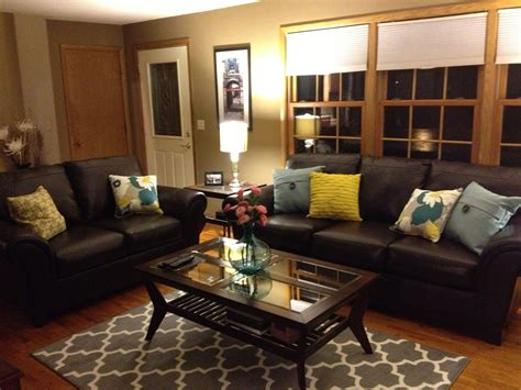 Luxury Living Room Brown Leather Sofas Living Room In American English Criminal Case L Furniture Las Vegas How To Layout The Restaurant Port Douglas Hgtv Cottage Chairs Upholstered Ideas With Upright Piano