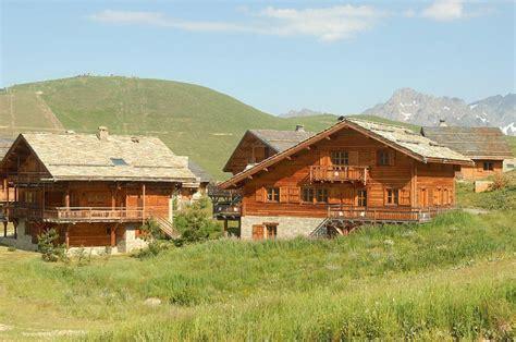 les chalets de l altiport 224 partir de 579 location vacances montagne alpe d huez