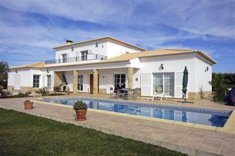 une maison 224 louer avec piscine et jardin 224 plan de cuques agences immobili 232 res 224 marseille