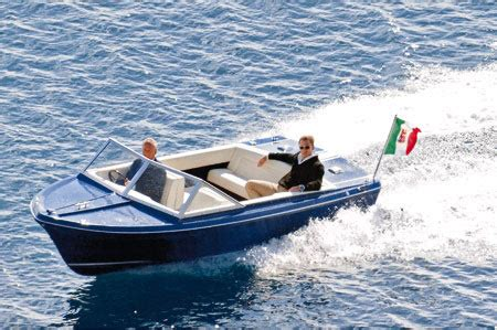 Boats Used In James Bond Movies by Pictures The Weird And Wonderful World Of James Bond