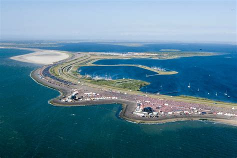 Zeeland Brouwersdam by Weekend Schouwen Duiveland Dag 1 Mergus