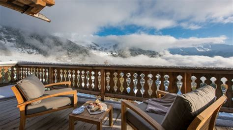 last minute luxury ski holidays chalets with tubs and