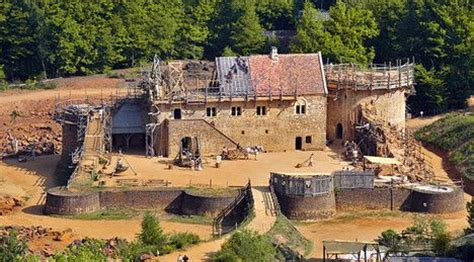what building a castle the 13th century way can teach architects today treehugger