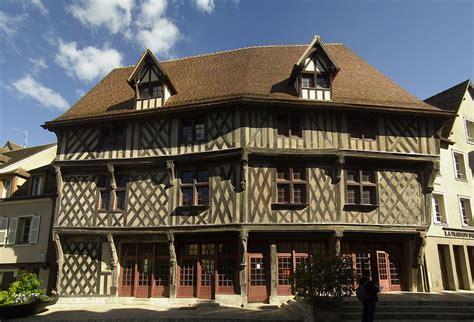 venez visiter l exposition michel petit 224 la maison du saumon 224 chartres h 244 tels 224 chartres