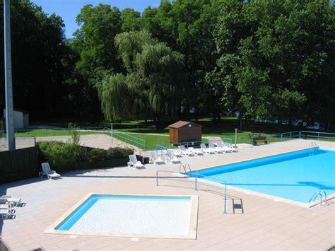 piscine de plein air tourisme en franche comte
