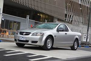 2010 Holden Ute Comes with Six Standard Airbags ...