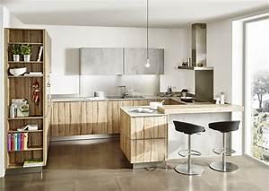 Kleine Küche Mit Theke : kleine k che in der kombi beton und holz ~ Markanthonyermac.com Haus und Dekorationen