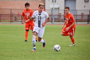 Struggling men's soccer: Searching for answers - Gateway