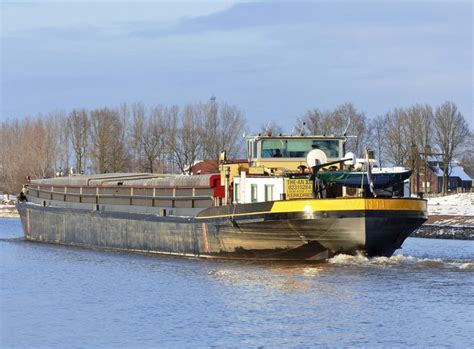 Scheepvaart Nummer by Alba 1 Onbekend Motorvrachtschip Binnenvaart Eu