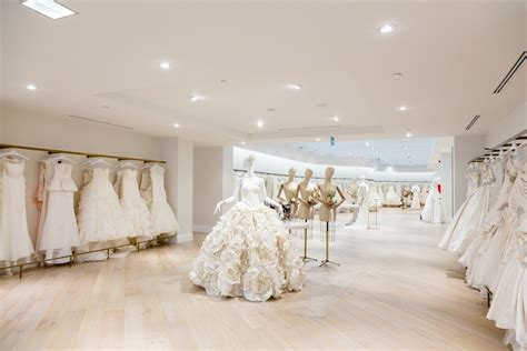 New York City Bridal Shop, Kleinfeld, Opens In Toronto. How To Address Wedding Invitations Diy. Fall Wedding Rustic. Wedding Planners Huntsville Al. Wedding Place Cards Usa. Wedding In The Woods Ideas. Wedding Bouquets Vintage. Wedding Cakes In Los Angeles. Wedding Help Me Shoes