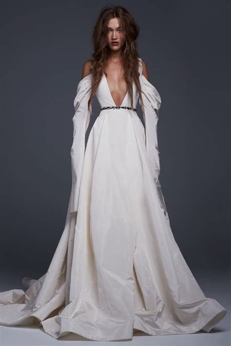 Vera Wang Bridal 2017 Fall  Winter Dresses. Wedding Dress Ankle Length Lace. Celebrity Wedding Dresses Pakistani. Casual Earthy Wedding Dresses. Empire Line Grecian Style Wedding Dresses. Wedding Dresses At Bluewater. Modern Day Victorian Wedding Dresses. Short Wedding Dresses Kleinfelds. Modern Wedding Dresses Fall 2014