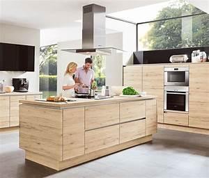 Küchen In Holzoptik : holzk chen nach ma kostenlose planung bietet ihnen m bel h ffner ~ Markanthonyermac.com Haus und Dekorationen