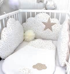 tour de lit b 233 b 233 nuages fille ou gar 231 on 3 grands coussins 224 petites 233 toiles couleur blanc et