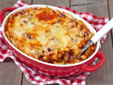 the 25 best ideas about gratin de pates lardons on pates lardons pates poireaux