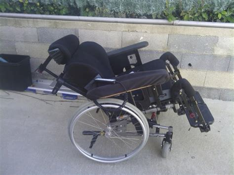 fauteuil roulant grand confort netti 3 a annonces handicap fauteuil roulant sur proxihandicap
