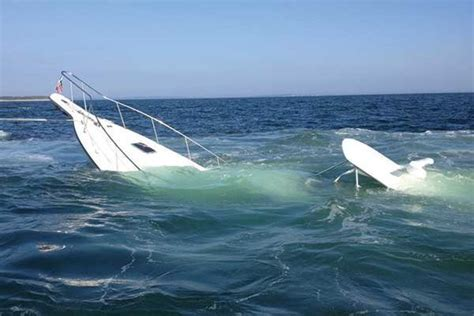 Boating Accident Erie by Boaters Rescued Accident Strands 5 Adults Two Children